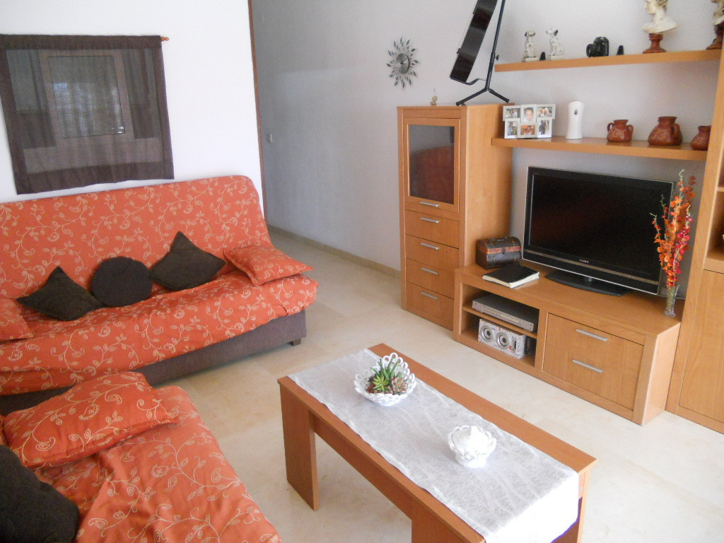 Beautiful apartment located in Fuengirola center. Near to beach. 2 Terraces, independent kitchen, 1 ,Spain