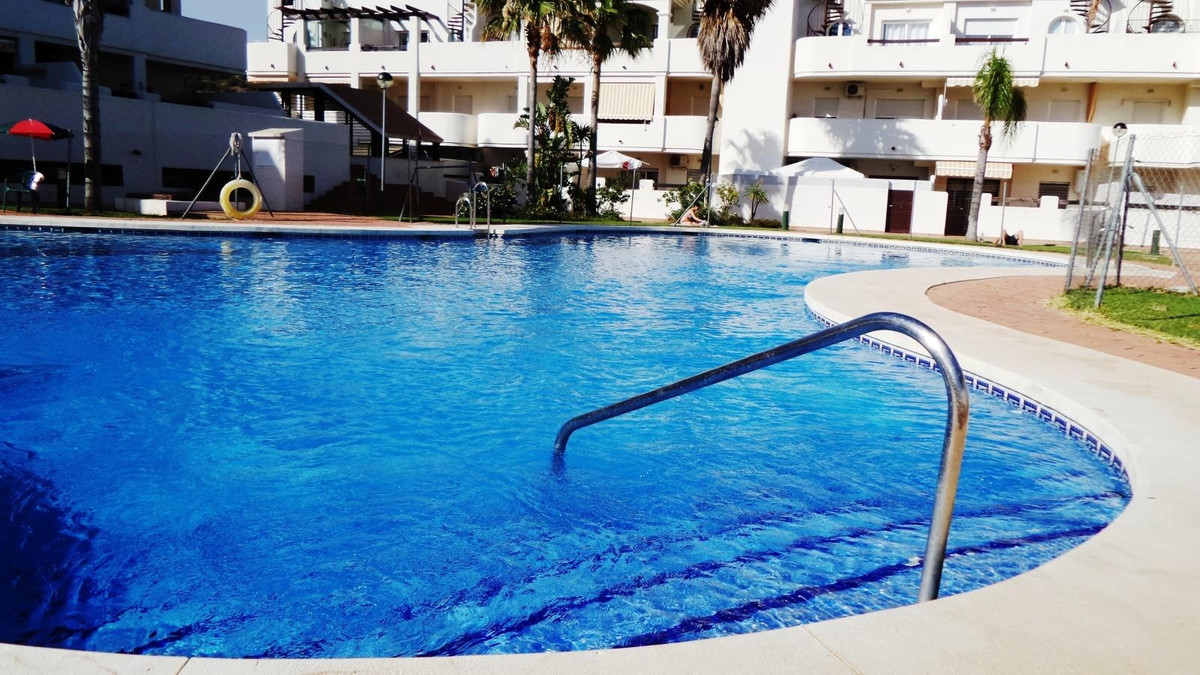FOR SALE A GROUND FLOOR FLAT WITH A LARGE PRIVATE YARD IN ENCLOSURE WITH GARDENS, SWIMMING POOL AND ,Spain