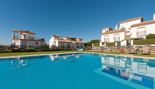 South west facing townhouse located in a gated and secure community in Cabopino next to the 11th hol,Spain