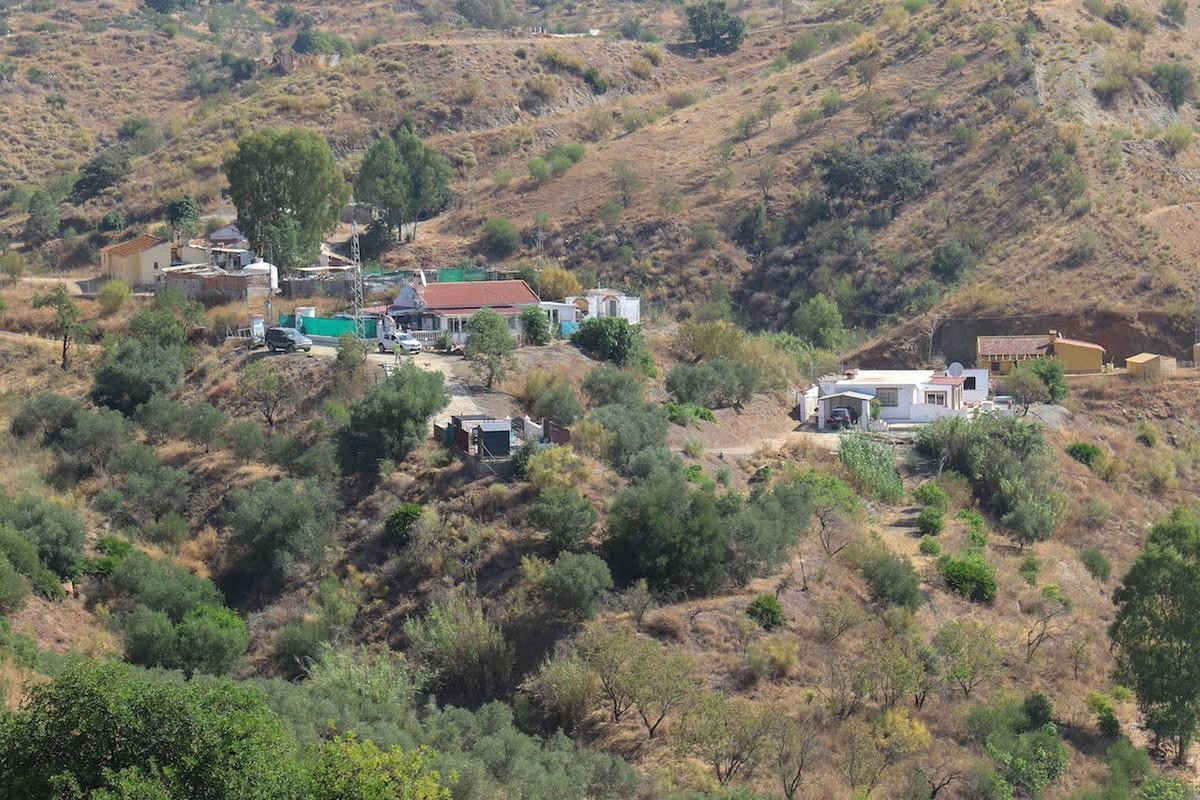 Finca in the hills  .  Private Location .  Open Views  If you are looking for tranquility and seclus,Spain