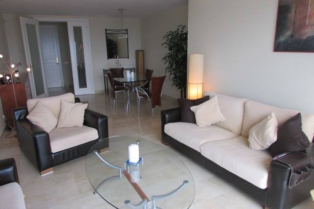 Superb luxurious finishes in this duplex penthouse • Large communal pool and children´s pool • Beaut, Spain
