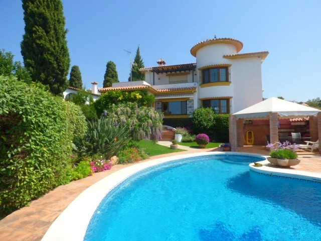 Situated just a few minutes driving from Marbella centre and from the beach.  This house has been re,Spain