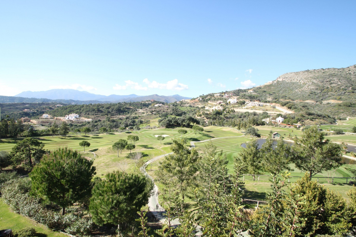 SUPERB LAND · Plot of 7,300m2 with panoramic sea views within the prestigious Marbella Club Golf Res, Spain