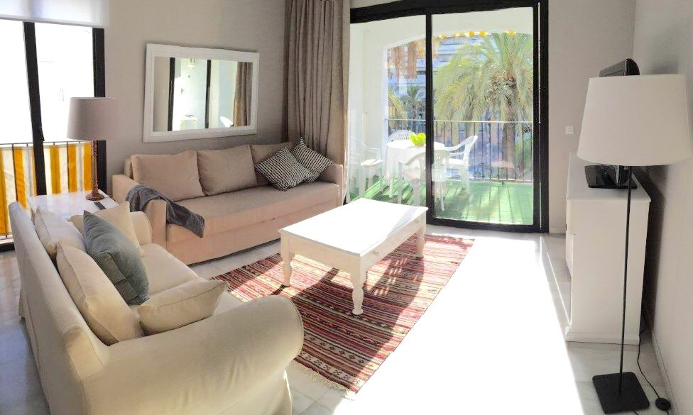 Beautiful 1 bedroom apartment in the center of Puerto Banus .With large living room with a great ter,Spain