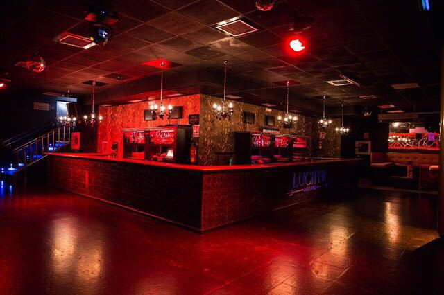 Here we present to you an exciting opportunity to own your own Nightclub in Torremolinos.  This is a, Spain