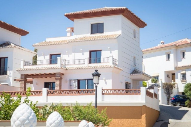 Very spacious villa in Torrox Costa with sea views, consists of 3 large bedrooms and 3 bathrooms, la,Spain