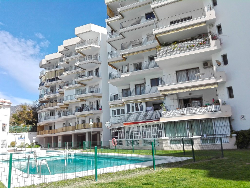 Magnificient  one bedroom apartment located in a private urbaniztion in first line of the beach.The , Spain
