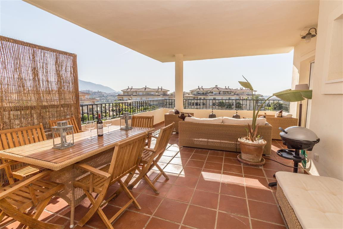 Modern and Spacious 3 bedroom, mid level apartment with 2 terraces offering lovely open views locate, Spain