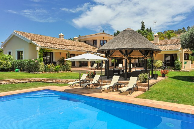Originally listed for 3.100.000€ and recently reduced to 1.995.000€. Spectacular Andalusian style vi, Spain