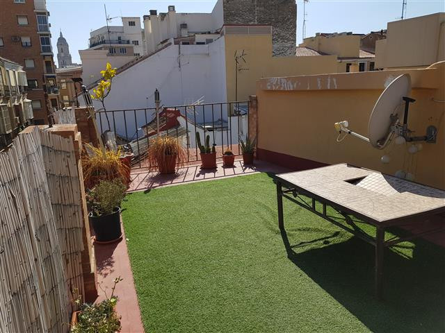 Unique oportunity to purchase a two bedroom penthouse in the heart of Malaga city! Overall it offers,Spain