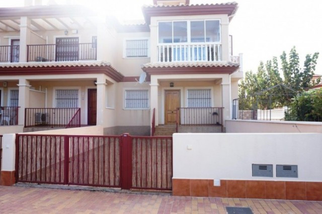 Nice ground floor bungalow located in the area of San Pedro, close to the regional park of Las Salin,Spain