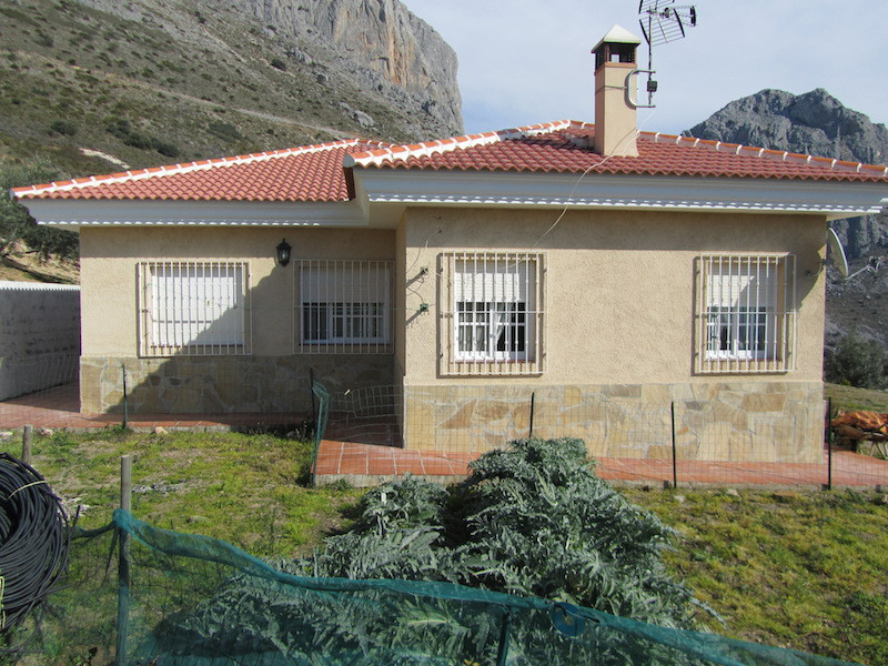 A beautiful finca situated the area of Alcaucin close to Axarquia it borders with the border of Gran,Spain