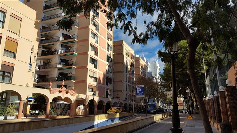 This one bedroom apartment is in a perfect location in the centre of Marbella,  just accross the roa,Spain