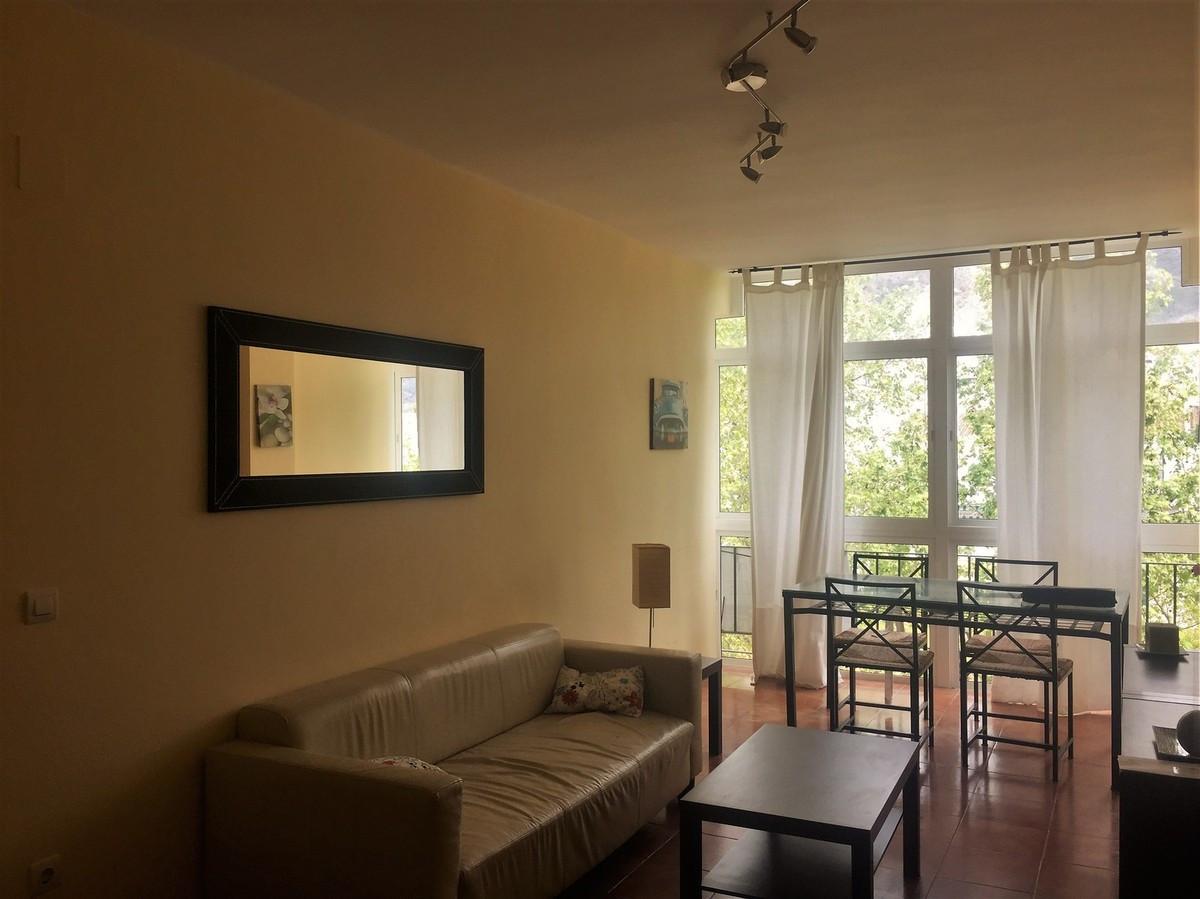 Middle Floor Apartment, Nerja, Costa del Sol East. 2 Bedrooms, 1 Bathroom, Built 60 m², Terrace 10 m,Spain