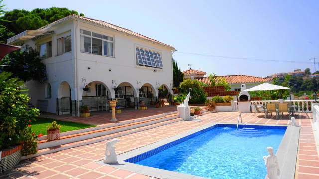 Spacious family home with excellent views to the sea and mountains located close to the beach with a,Spain