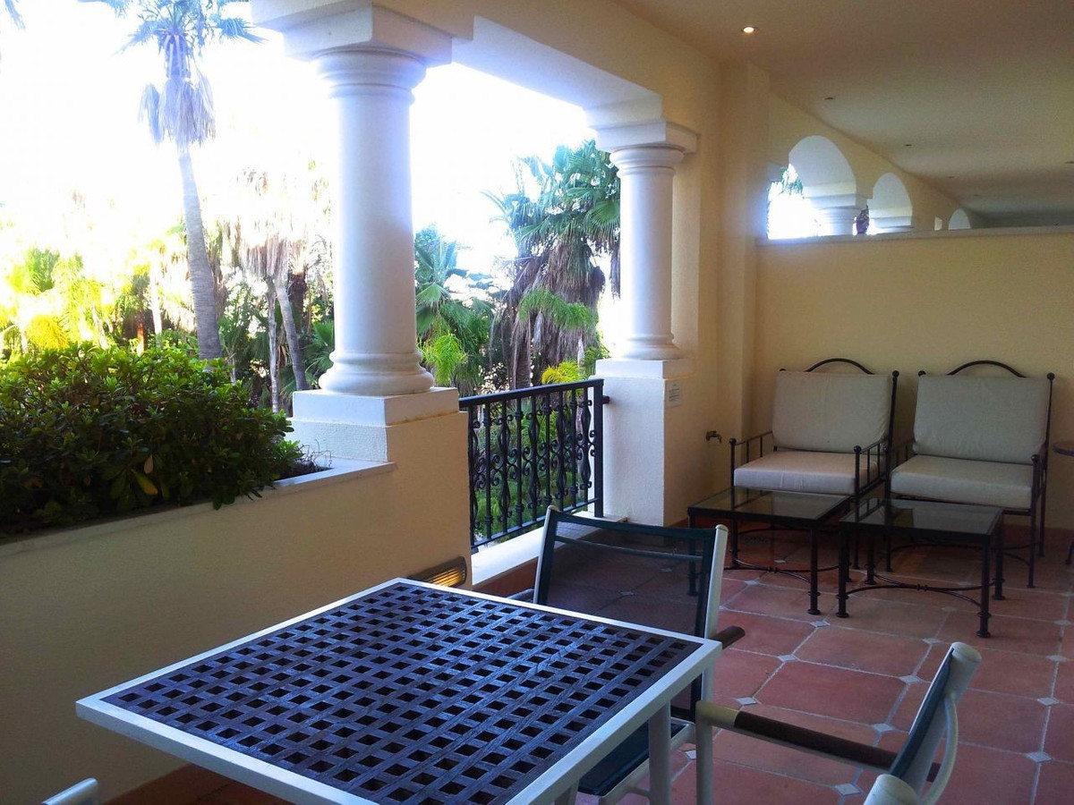 Lovely 2 bedroom apartment in Guadalpin Marbella , all in one floor.The property offers very spaciou, Spain