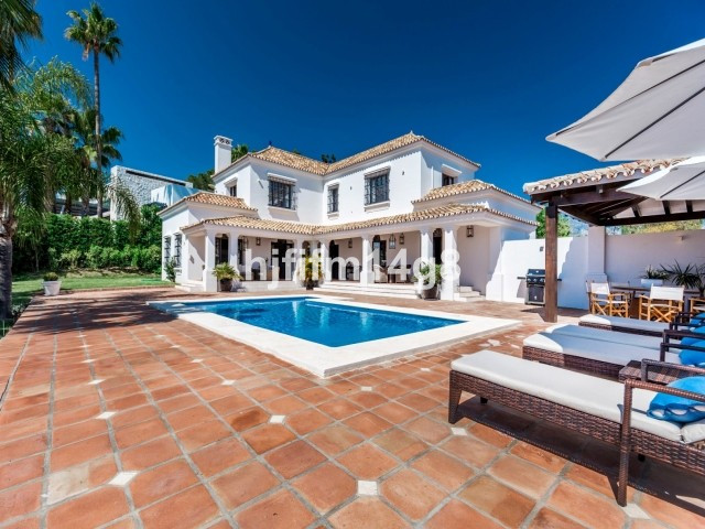 Exquisite four bedroom villa for sale, with a unique Andalucian style, set in the heart of the Nueva, Spain