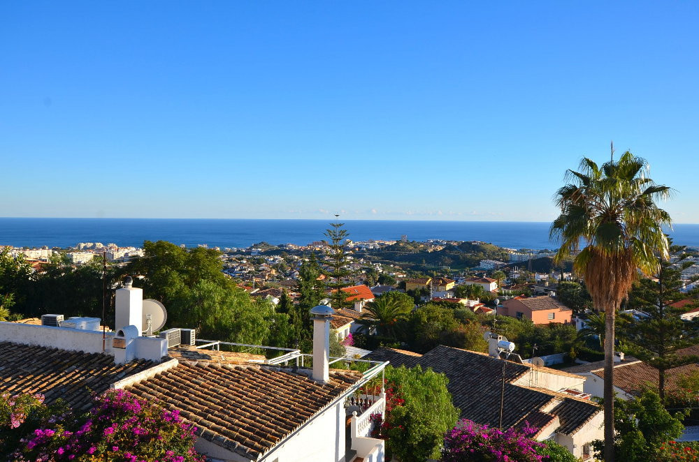 -------RENTED UNTIL THE 31ST OF AUGUST-----------  JUST REDUCED FROM 499.000 to 475.000 €!  WONDERFU,Spain