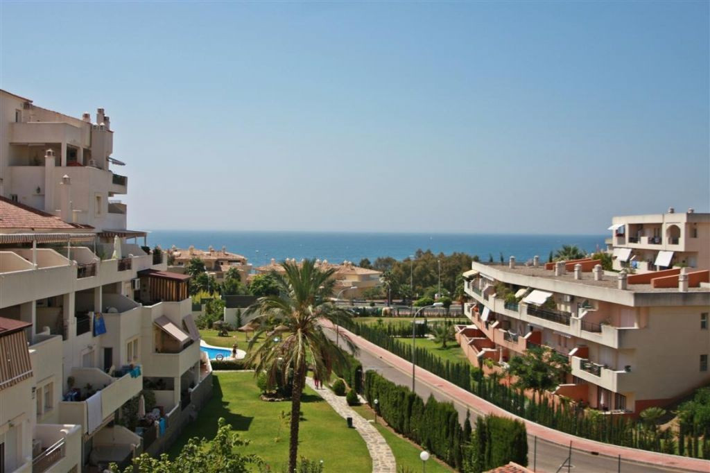 Fantastic apartment with sea views in Benalmadena Costa, located within a short walk from the beach ,Spain
