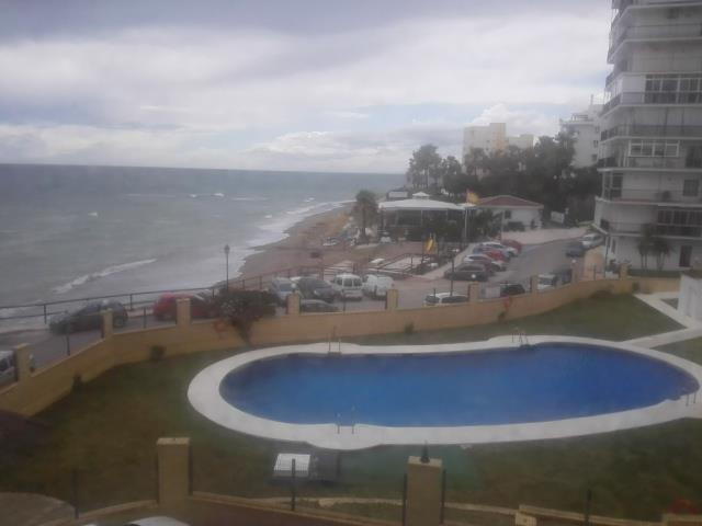 Banking Offer !! Beachfront !!. Studio in 4th floor with elevator closed with pool and garden set. F,Spain