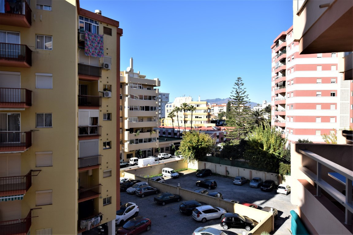 Nice studio apartment situated in the western part of Fuengirola and within walking distance to all , Spain