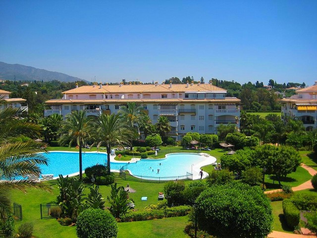 Compex with spectacular views towards the onsite golf course and the Sierra Blanca Mountains. Apartm, Spain