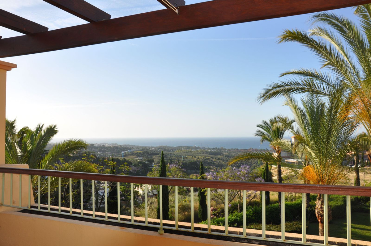 Great duplex penthouse for sale in the gated urbanisation Four Seasons within the Los Flamingos Golf,Spain
