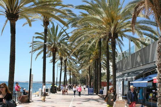 Only 100 metres from the beach, Marbella marina and promenade. Corner 2 bed 2 bath west facing well , Spain