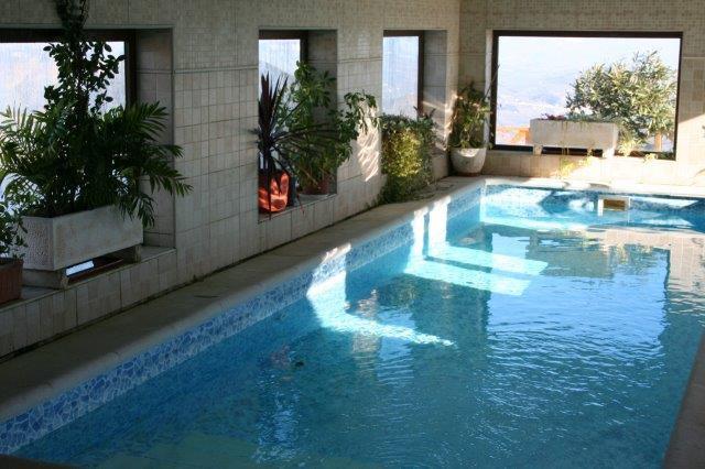 Finca - Cortijo, Colmenar, Costa del Sol East. 3 Bedrooms, 2 Bathrooms, Built 275 m², Terrace 51 m²,,Spain