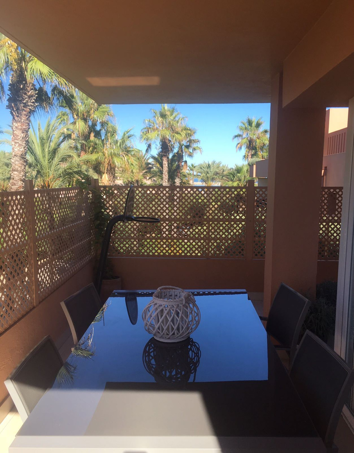 Magnificent sunny apartment with great location near the beach, close to the Octagon Club, tennis an, Spain