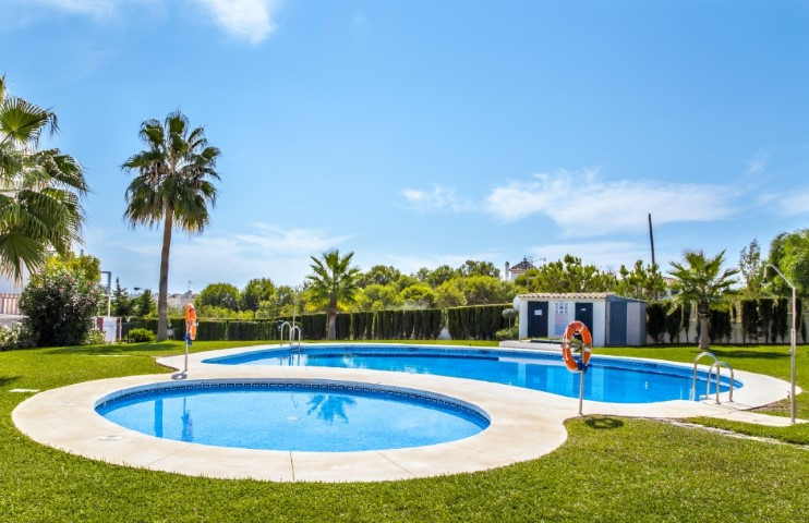 Ground floor duplex apartment in Benalmadena Costa, close to all amenities and within the city centr,Spain