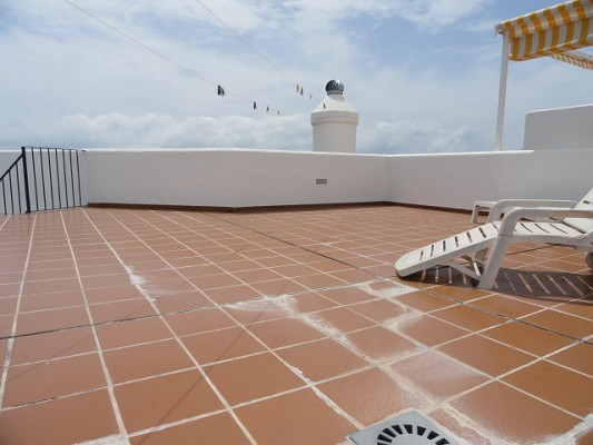 Distressed sale- 3 Bedroom, 2 Bathroom, corner Penthouse, with roof terrace and beutifull panoramic , Spain