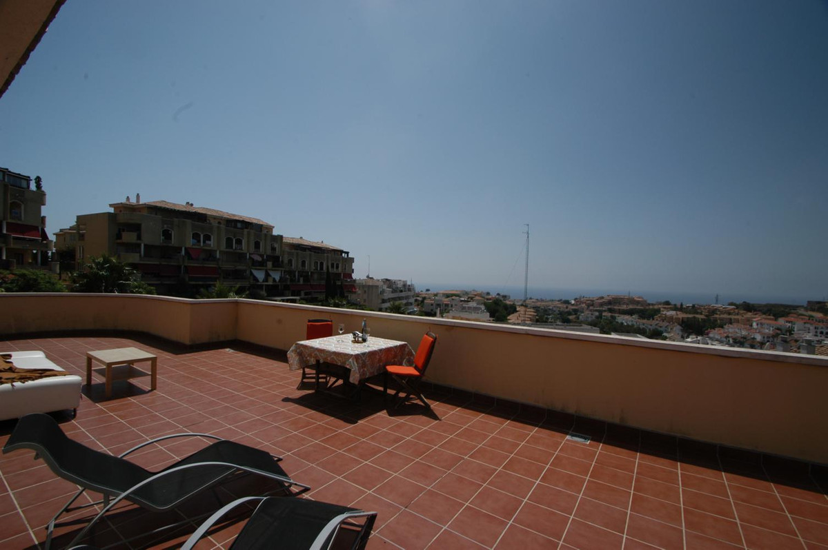 Penthouse in corner: Double ration of terrace and a little of sight to the sea  Mijas-Costa, Riviera,Spain