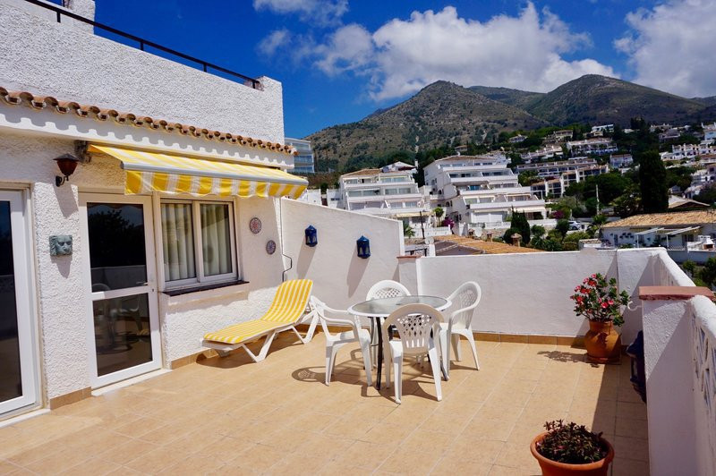 This property is situated in a private Urb in Benalmadena. It has panoramic sea and mountain views f, Spain