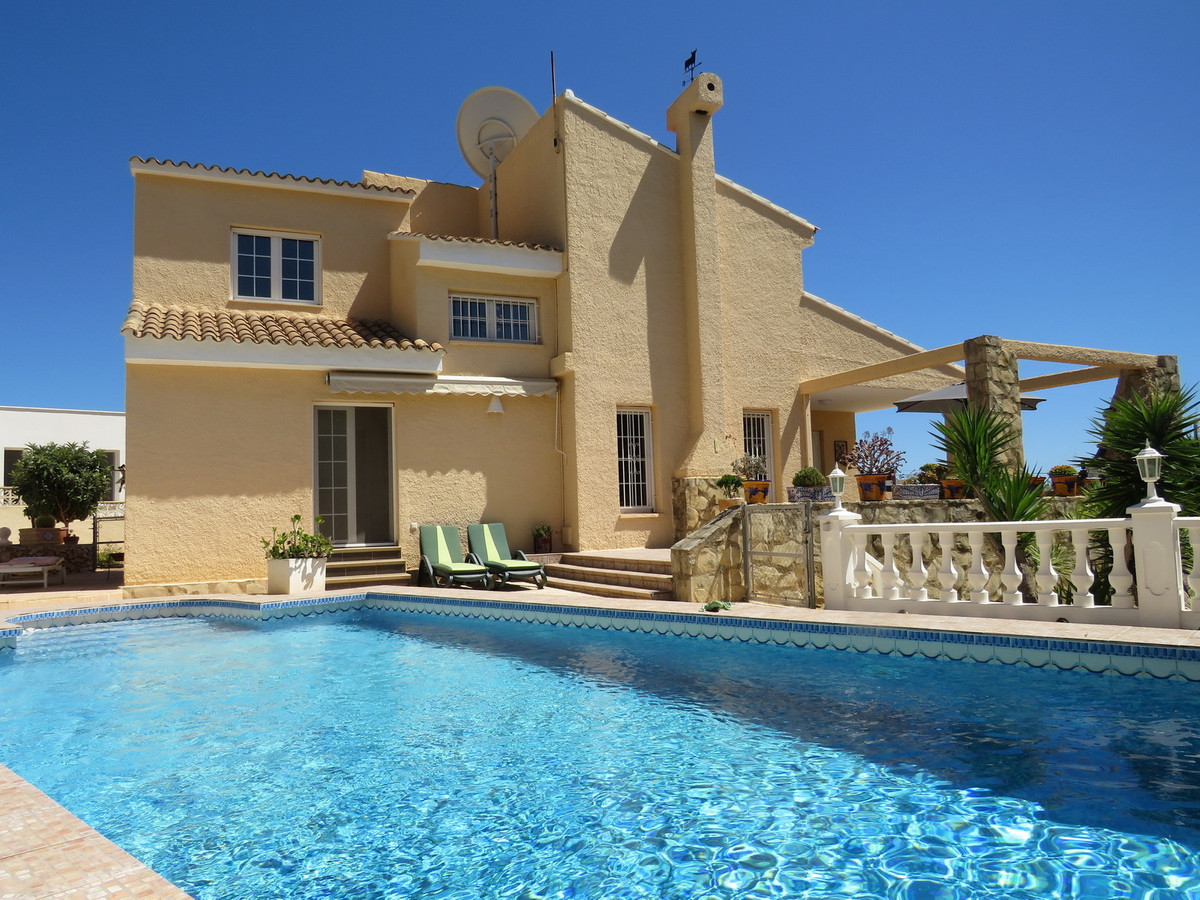 Large detached private villa with fabulous sea and Penon views with private pool, fully modernised i, Spain