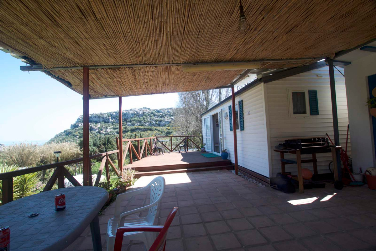 Beautiful finca with sea and  Utrera mountain views The property has a wooden house with two bedroom,Spain