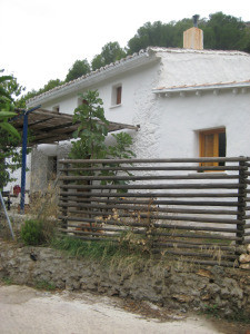 �Location location location�    Jorox is a small hamlet that offers quiet country living without iso,Spain
