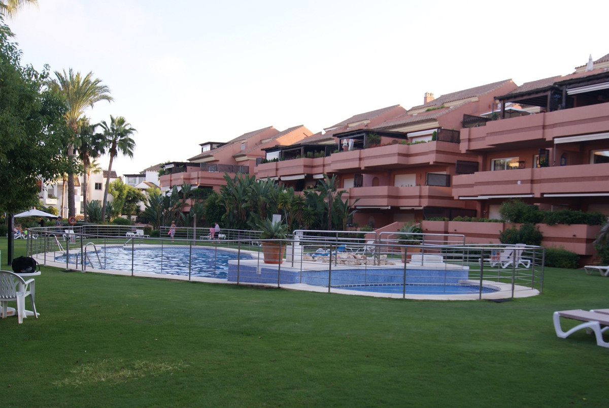 """Superb penthouse in one of the most beautiful residences near the luxurious marina """"Puerto Banu,Spain"""