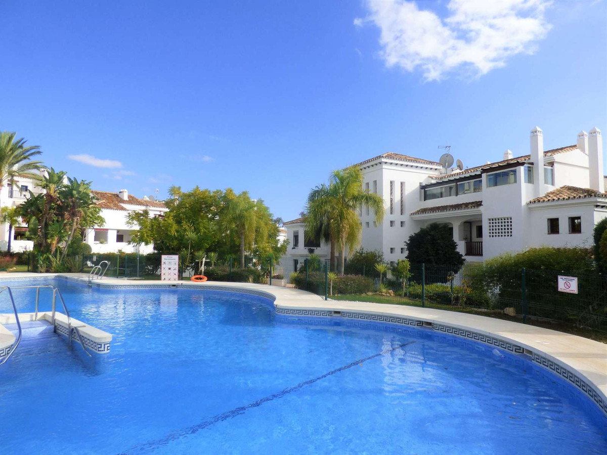 Set in the charming private Finca San Antonio complex in Mijas, this apartment is built to an except,Spain