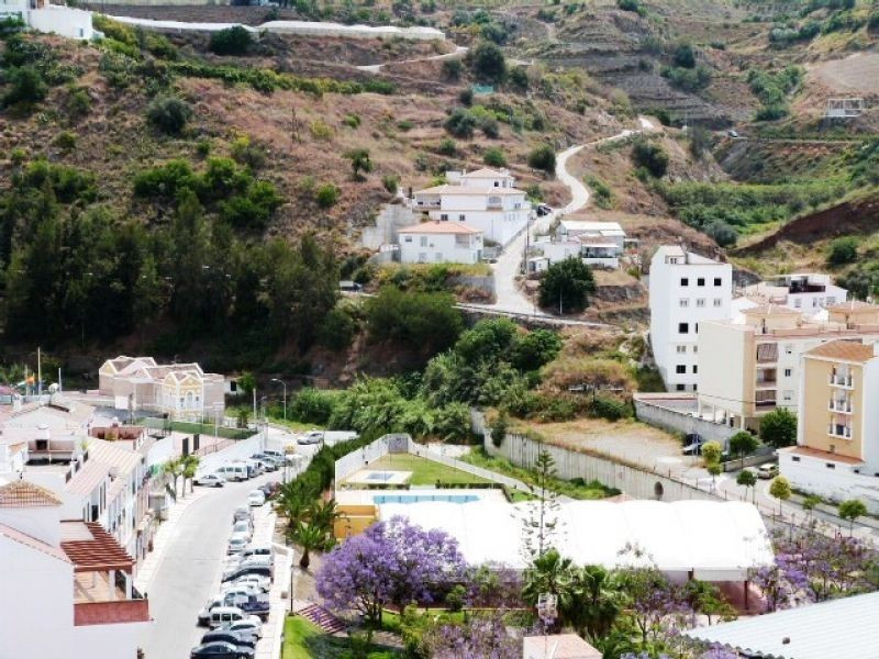 This charming town-house is located in the village of Algarrobo. The accommodation comprises 3 bedro,Spain