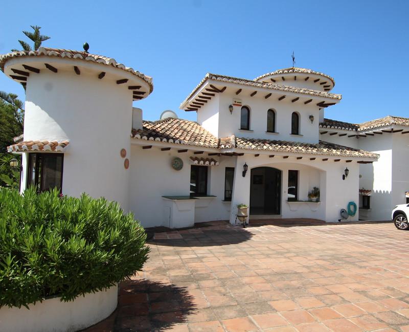 Marbella Banus Villa – Chalet a la venta en Mijas – R3455452