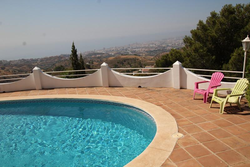 Villa – Chalet a la venta en Mijas – R3455452