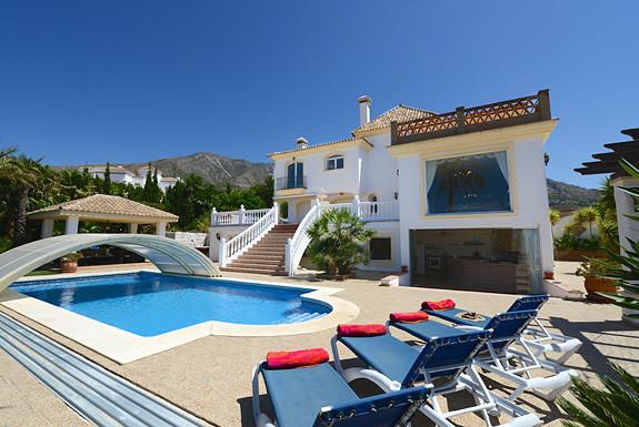 Villa for sale in Valtocado