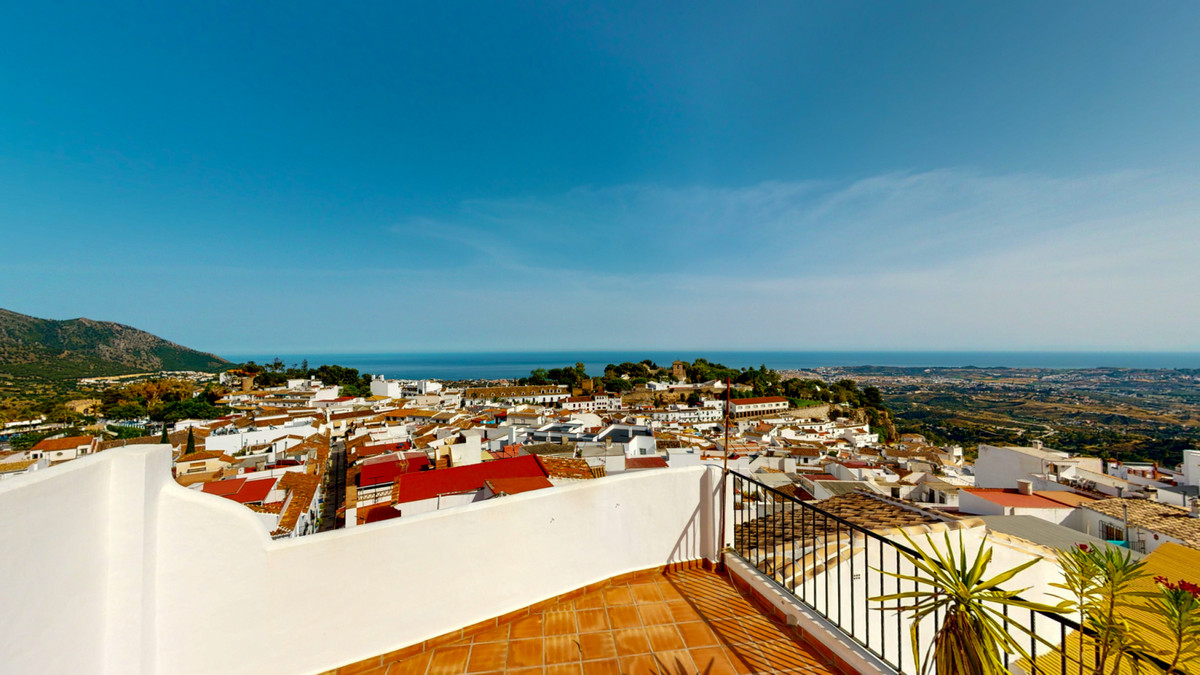 Beautiful 4 bed, 3 baths, renovated townhouse for sale in the heart of Mijas village, a few steps to,Spain