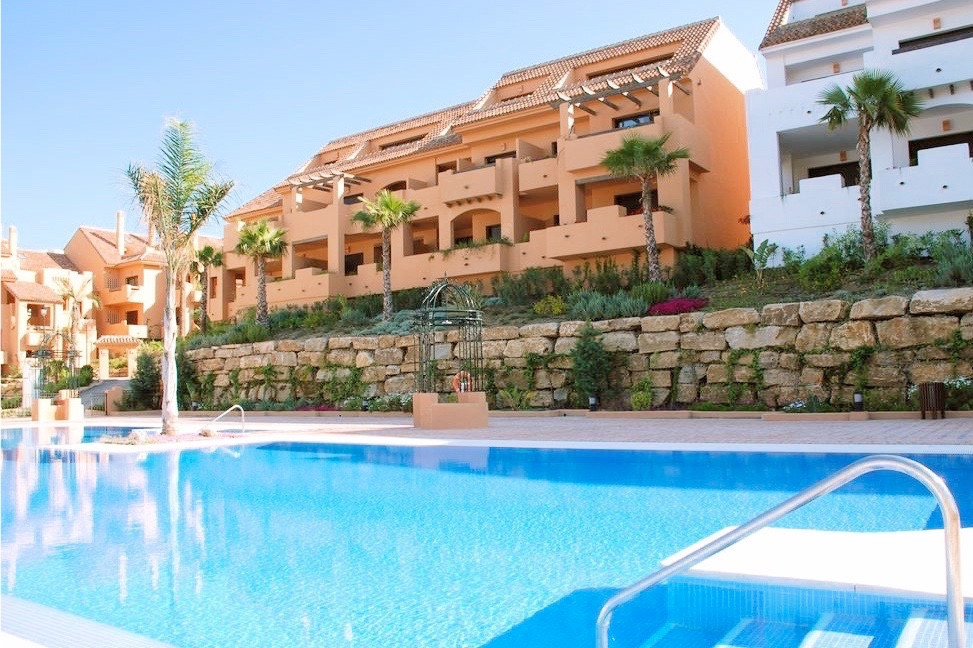 ENORMOUS 156 SQM TOTAL BUILD, 3 BED, 2 BATH, LUXURY GOLF VALLEY APARTMENT, SITUATED IN THE BEAUTIFUL,Spain
