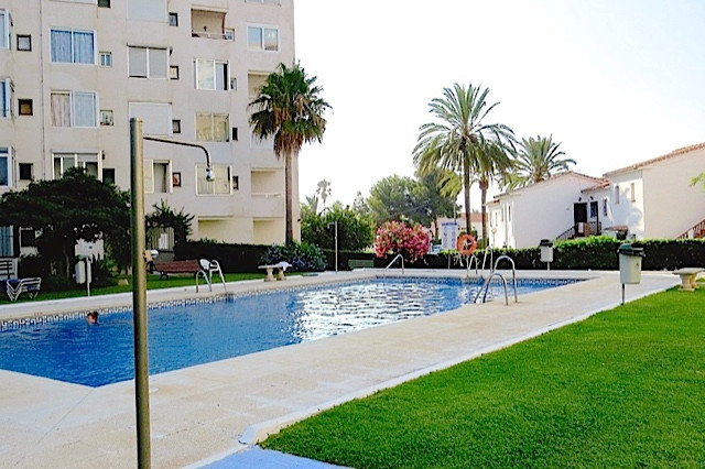 BARGAIN 2 BED APARTMENT IN LA CALA DE MIJAS WITH GREAT SEA VIEWS.   WALKING DISTANCE TO THE BEACH AN, Spain