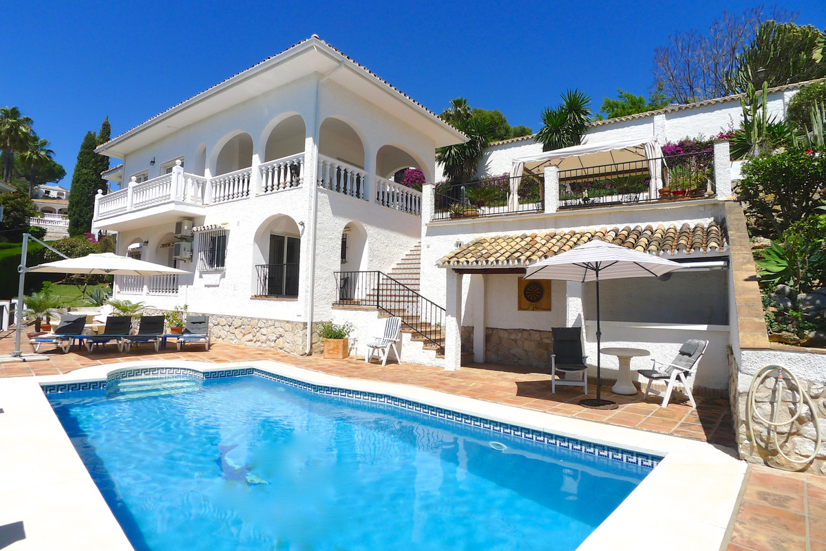 Villa  Detached 													for sale  																			 in Mijas Costa