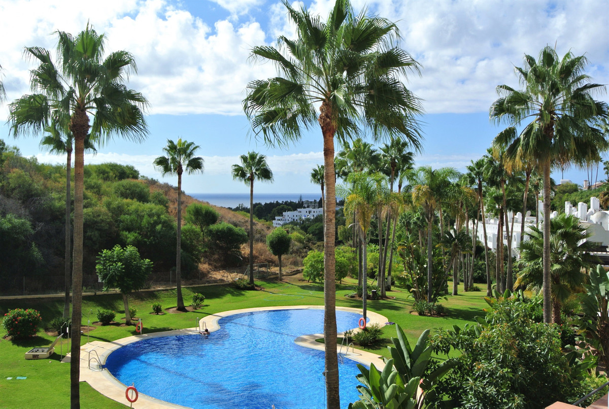 This amazing  apartment is situated in one of the newest urbanization of Las Lomas del Marbella Club, Spain