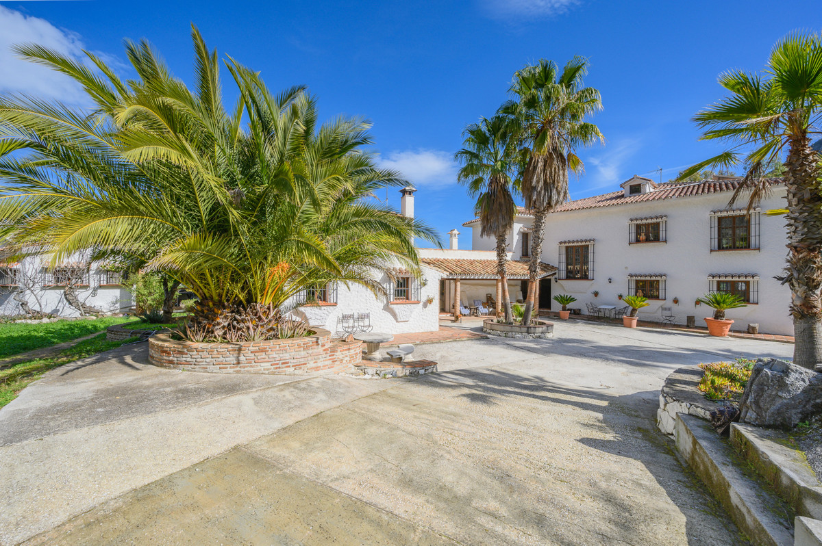Dream finca/country estate located in the natural park Sierra de las Nieves, very close to the Refug, Spain