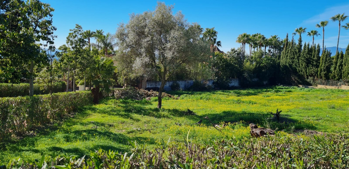 Plot for sale in Sierra Blanca, Marbella Golden Mile This plot of 2.804m2 in the gated and secure co,Spain